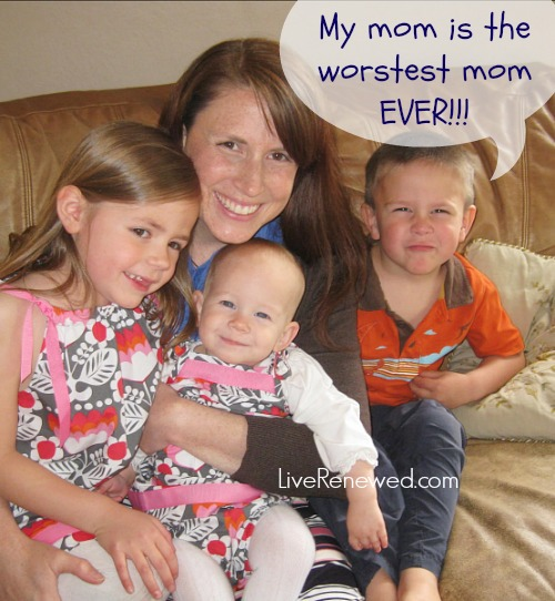 10 Reasons why my mom is the worst mom EVER! at LiveRenewed.com